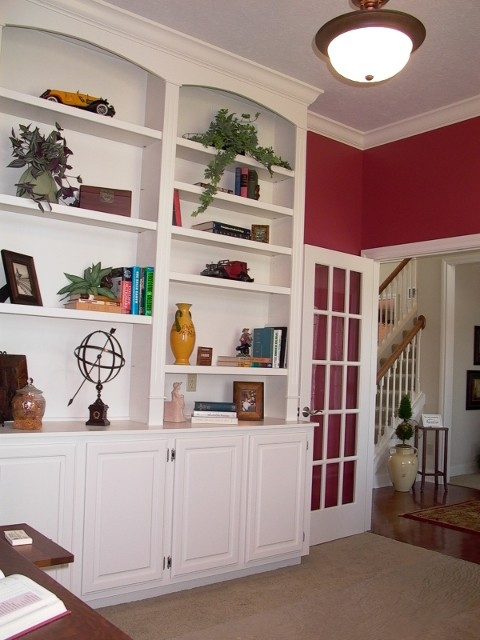 Interiors traditional-home-office