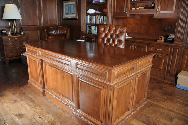 James Hoffman Homes traditional-home-office