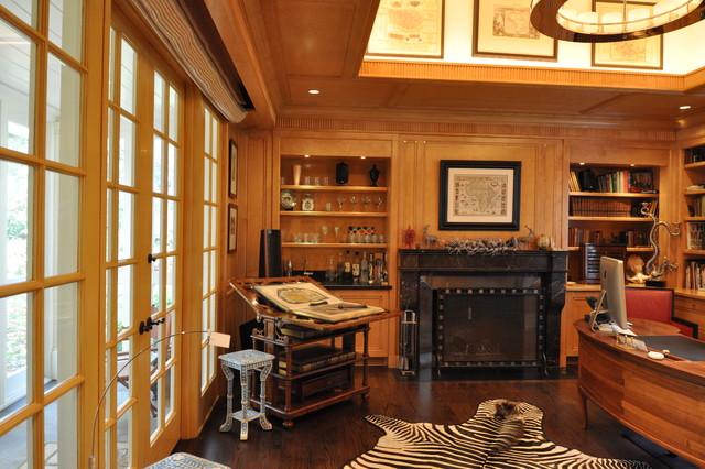 Jr. League Park Lane House traditional-home-office