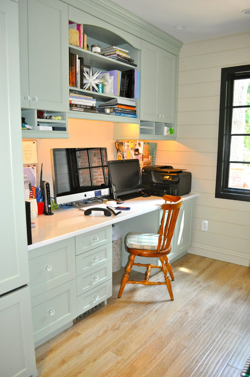 Heirloom design build 307 267 kitchen office for Office design houzz