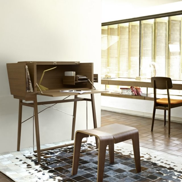 la secrete desk by ligne roset. Black Bedroom Furniture Sets. Home Design Ideas