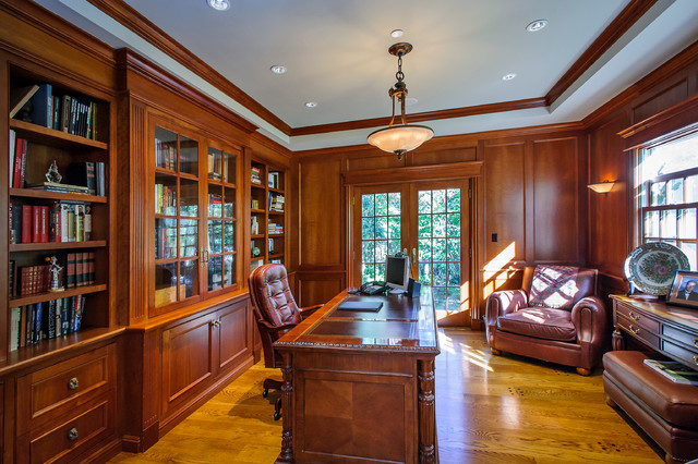 Laureldale Road traditional-home-office