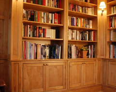 Long Island Library traditional-home-office