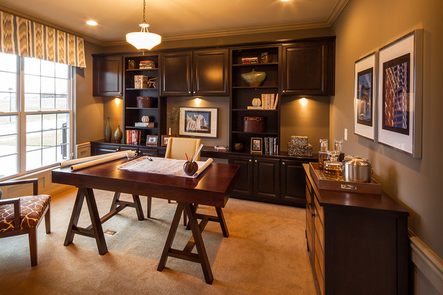 Model home office pictures