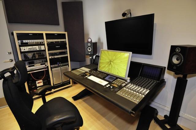 Man Cave#1 (my hobby studio)