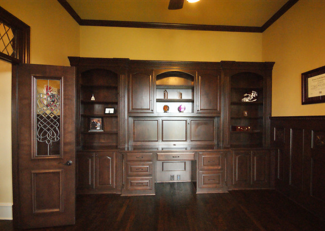 Manchester Old English Traditional Home Office Other