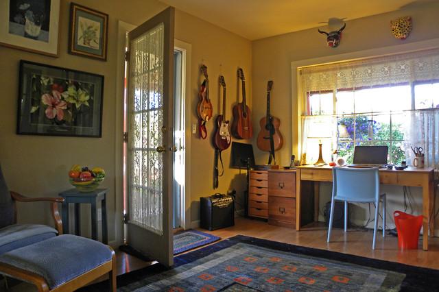Mimi and Eric farmhouse-home-office