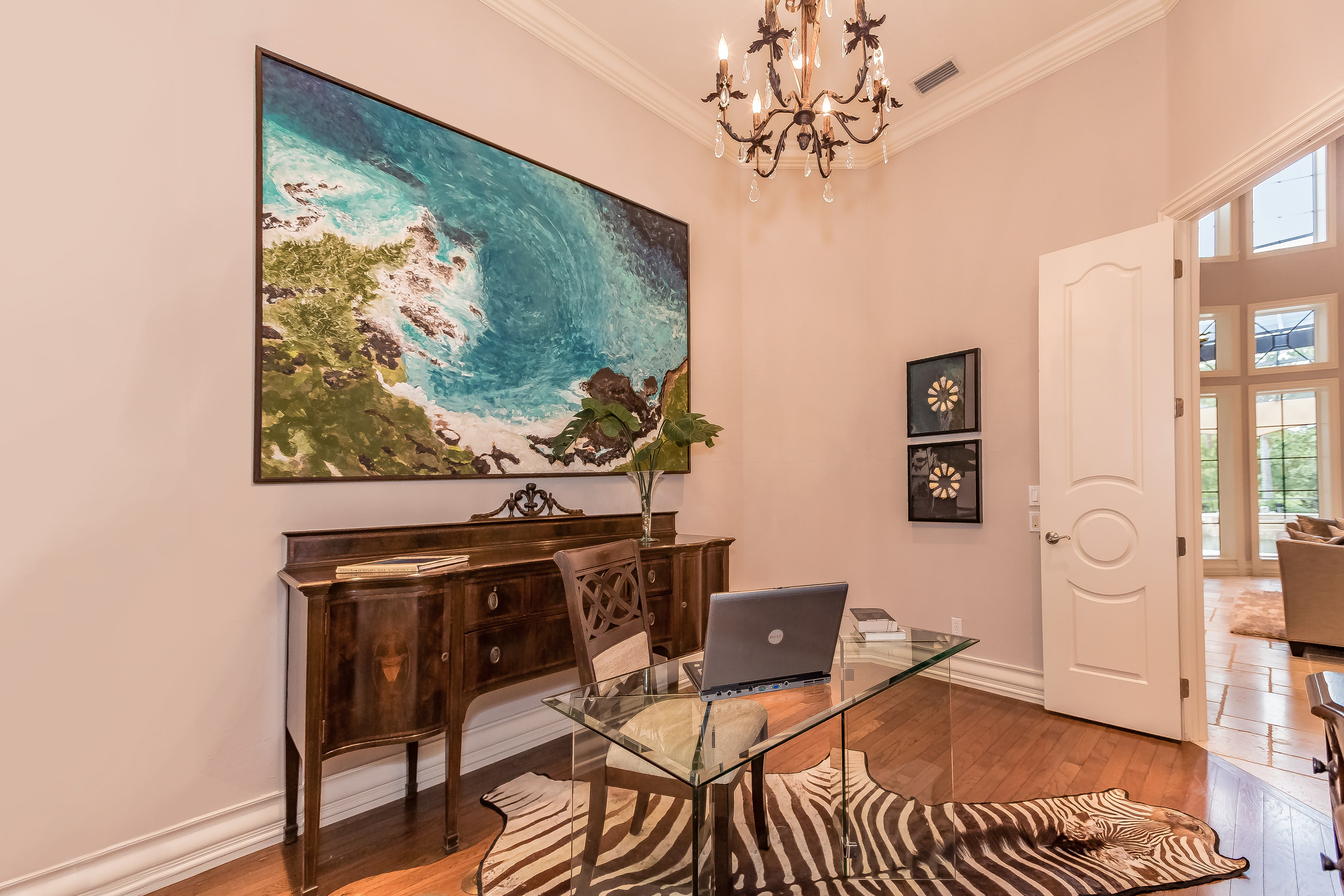 Modern Art | Home Staging | The Concession