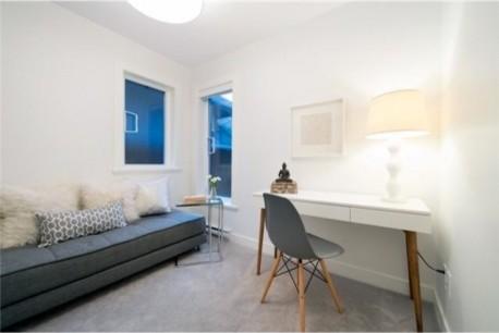 Modern Family Home modern-home-office