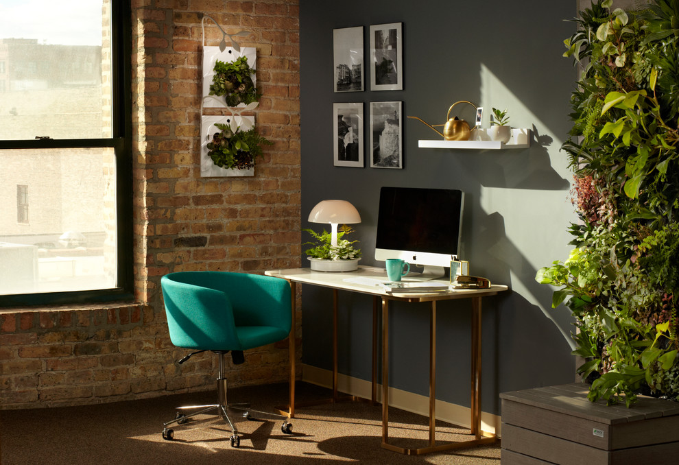 Example of a small minimalist freestanding desk carpeted home office design in Chicago with gray walls