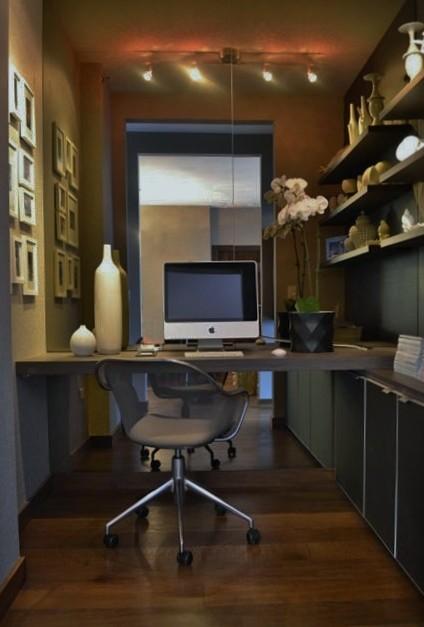Museum Park Condo contemporary-home-office