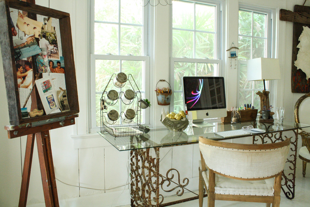 Inspiration for an eclectic home office remodel in Tampa