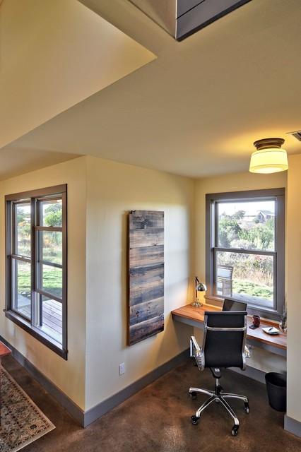 North Ridge Retreat rustic-home-office