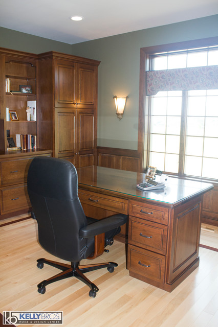 Northern Kentucky New Construction Traditional Home Office Cincinnati By Kelly Brothers