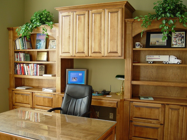 Office traditional-home-office