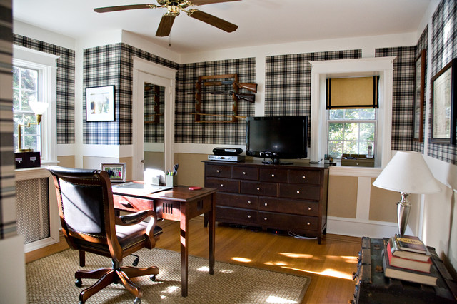 Office space with plaid wallpaper for Wallpaper traditional home