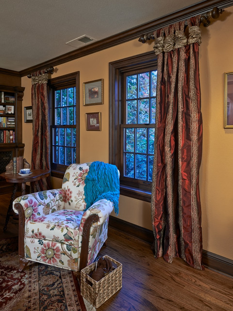 Old English Library Traditional Home Office Portland