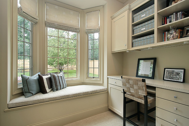 Oxford Development traditional home office