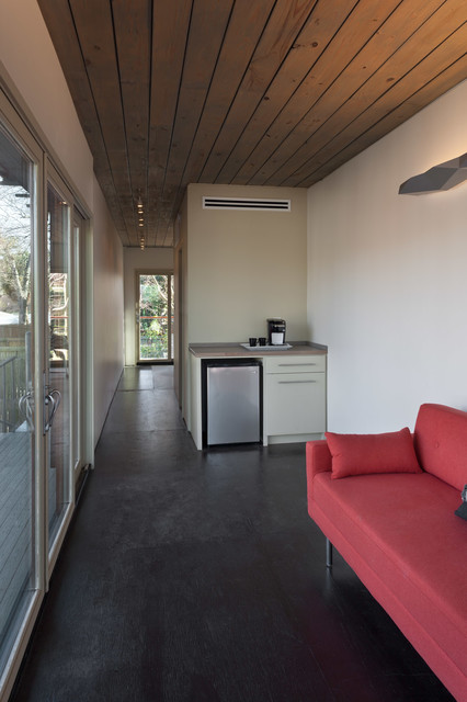Oxford Shipping Container contemporary-home-office