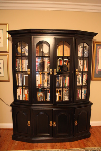 Painted or stained furniture or cabinetry traditional-home-office