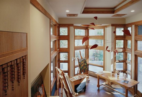 A Kirkland architect crafts a prairie style luxury house in the Virginia Woods.