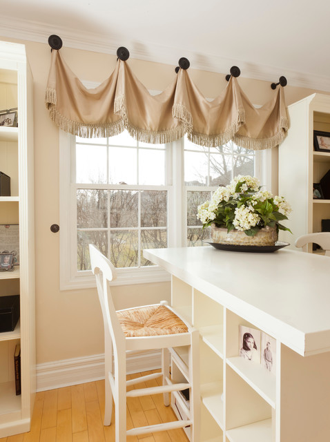 Product Line traditional-home-office