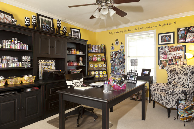 RaeLynn Callaway traditional-home-office