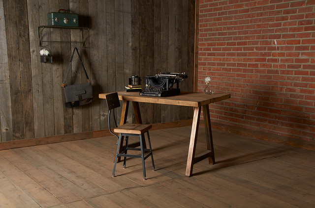 Wooden Home Office Desk Reclaimed Wood Desks And Furntiure Modern