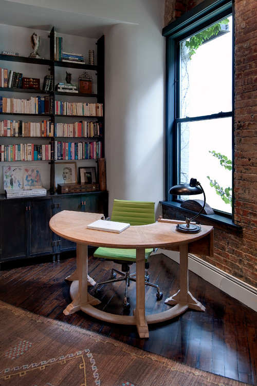 Industrial Study Room: How Decorating With Feng Shui Actually Makes You Smarter