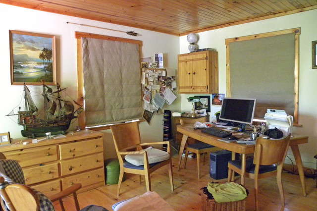 Richland, OR: Robert and Linda farmhouse-home-office