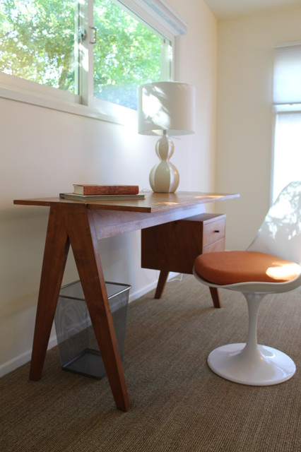 Saarinen Tulip Chair, MId Century Modern Desk Modern Home Office