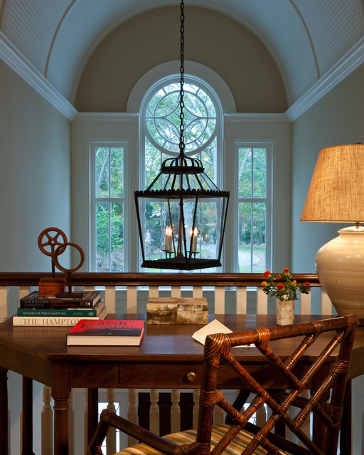 Sag Harbor traditional-home-office