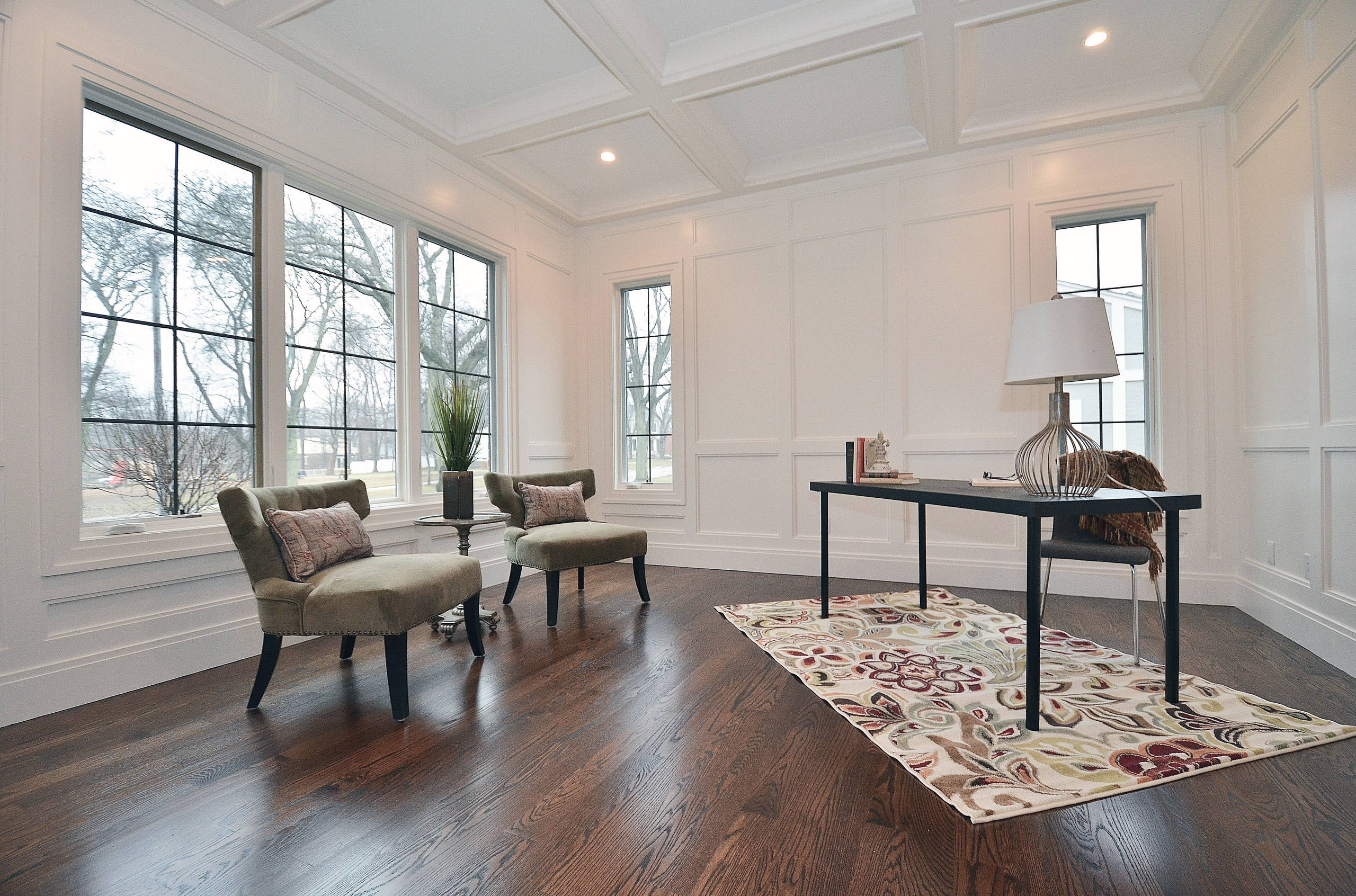 Stalburg Design provided all of the cabinet design, interior selections and custom details for this 5 bedroom, 6 bathroom spec home in downtown Birmingham, Michigan. Working within our builder's budge