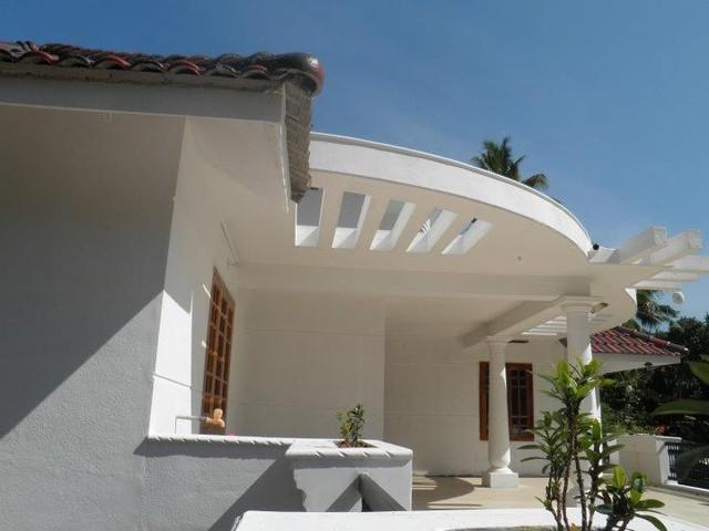SHIRAJ contemporary-home-office