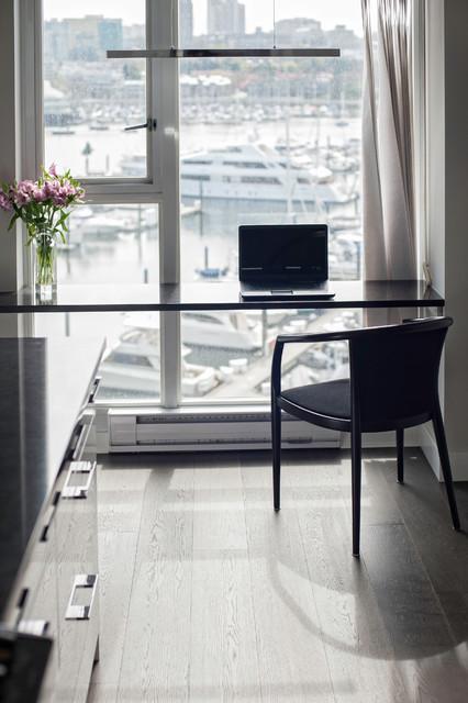 Sorochan Residence contemporary-home-office