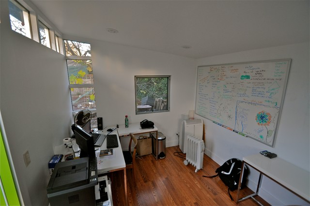 Studio Shed Lifestyle Interior Home Office With White