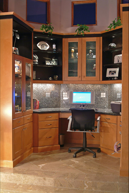 Teenager's Study Area contemporary-home-office