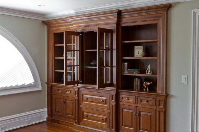 Traditional Bookshelf Cabinets