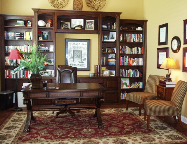 Traditional office traditional home office dallas for Office design houzz