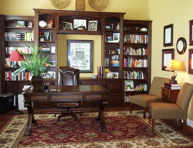 Traditional Office Klisch