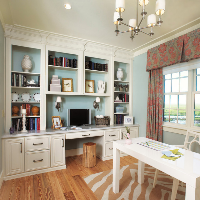 20 Best Traditional Small Home Office Design Ideas For: Traditional Office In Bluffton, South Carolina