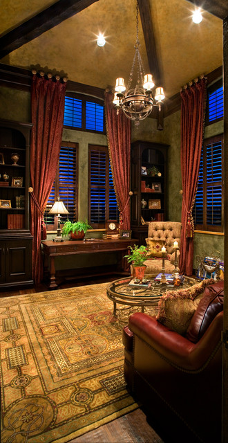 Tuscan Villa traditional-home-office