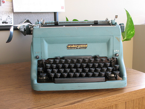Underwood Touchmaster c. 1960 (from Flickr user mpclemens)  home office