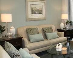 Upper Newport Bay traditional-home-office