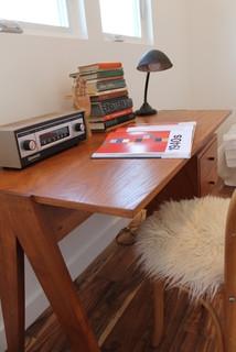Vintage Modern Desk with Radio, Vintage Desk Lamp, Books - Modern ...