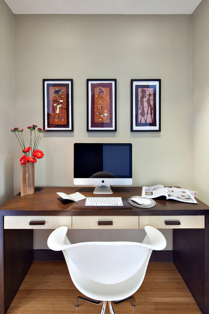 West Chelsea modern-home-office