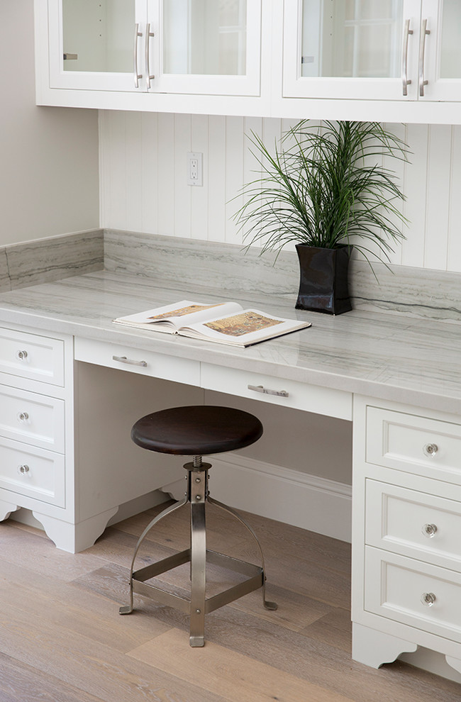 Transitional home office photo in San Francisco