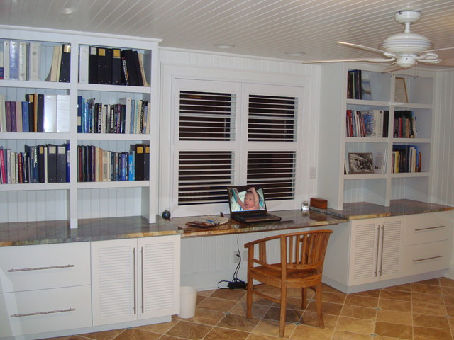 West Soundside Road traditional-home-office