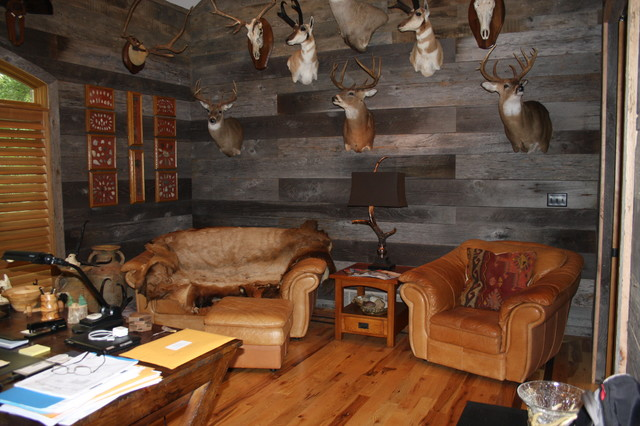 Western Rustic Home In Collierville Rustic Home Office
