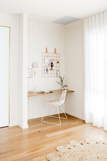 White House- Study Nook scandinavian-home-office